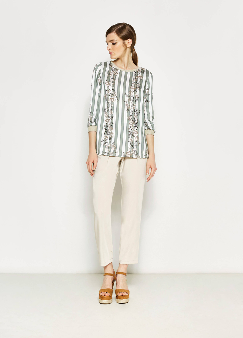 Striped T-shirt with floral print image number null