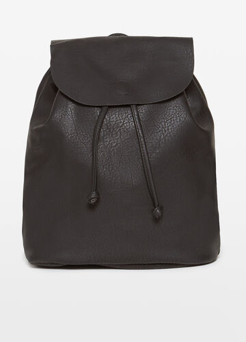 Deconstructed backpack with flap