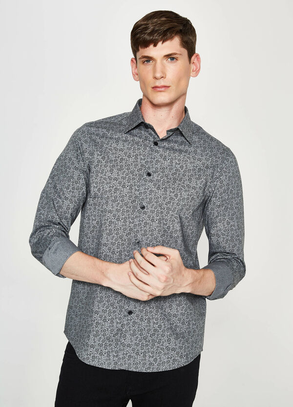 Casual shirt with floral print