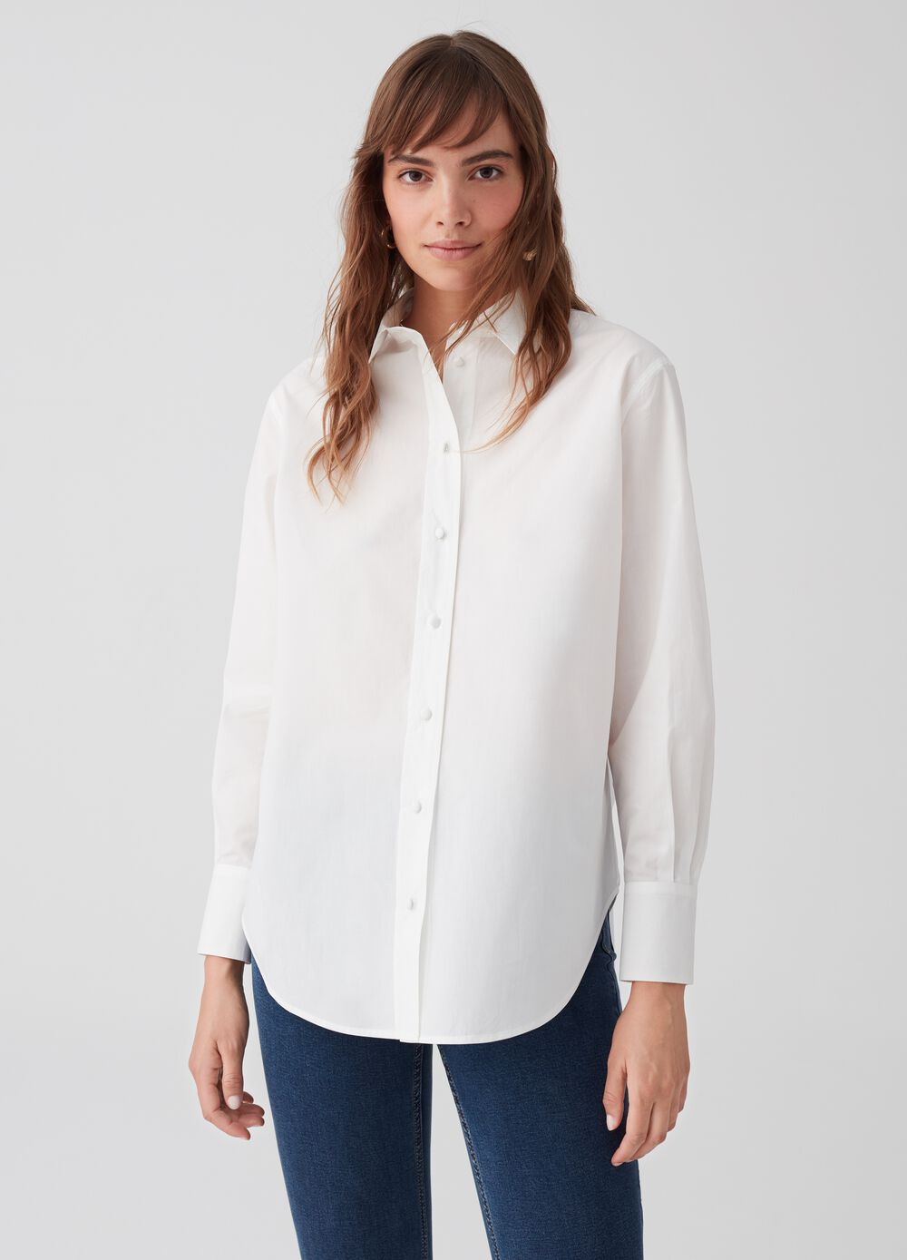 100% cotton shirt with bluff collar
