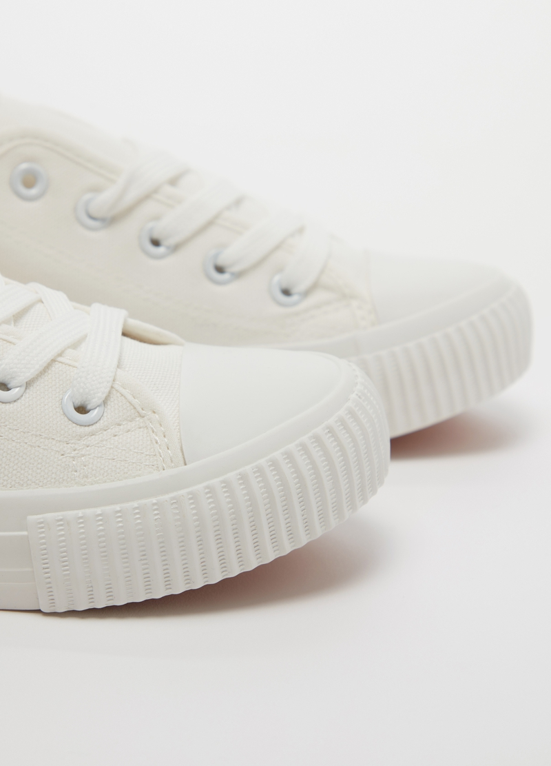 Sneakers con suola bassa image number null