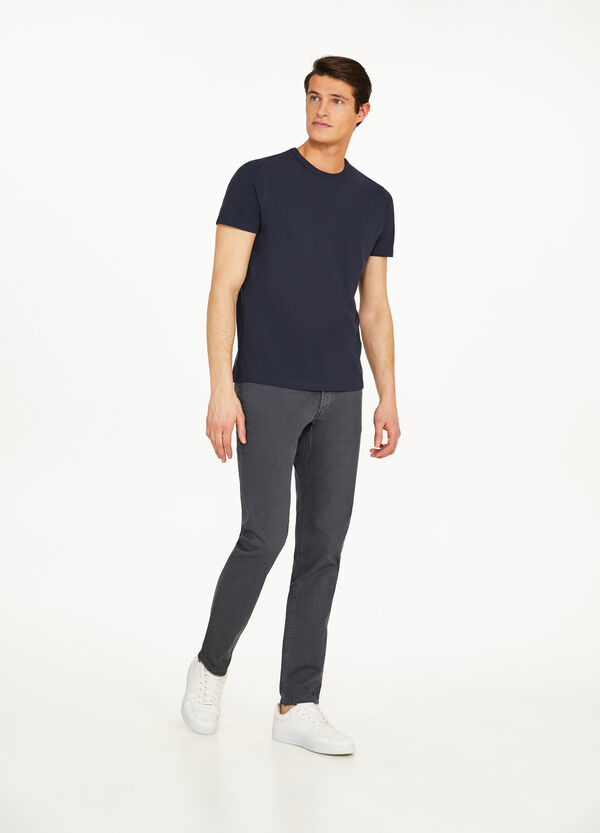 Regular-fit trousers in 100% cotton
