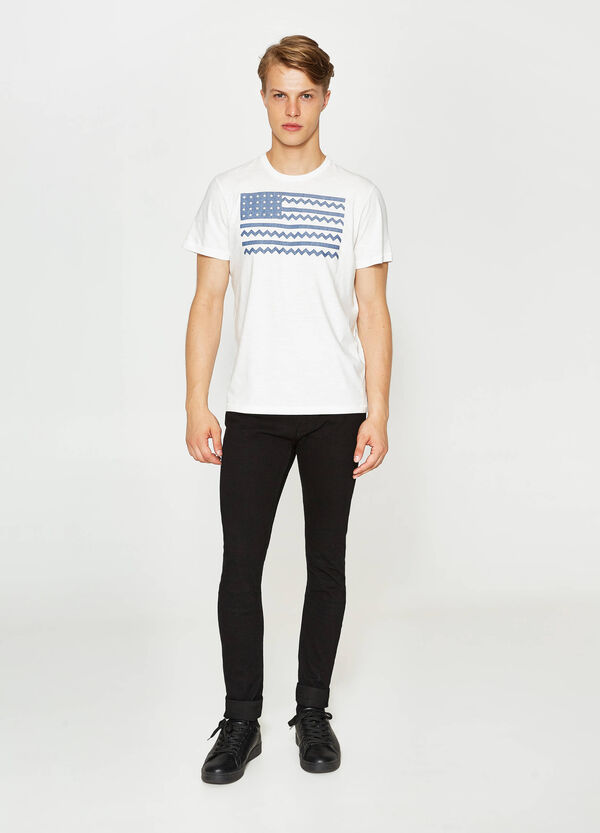 T-shirt with American flag print