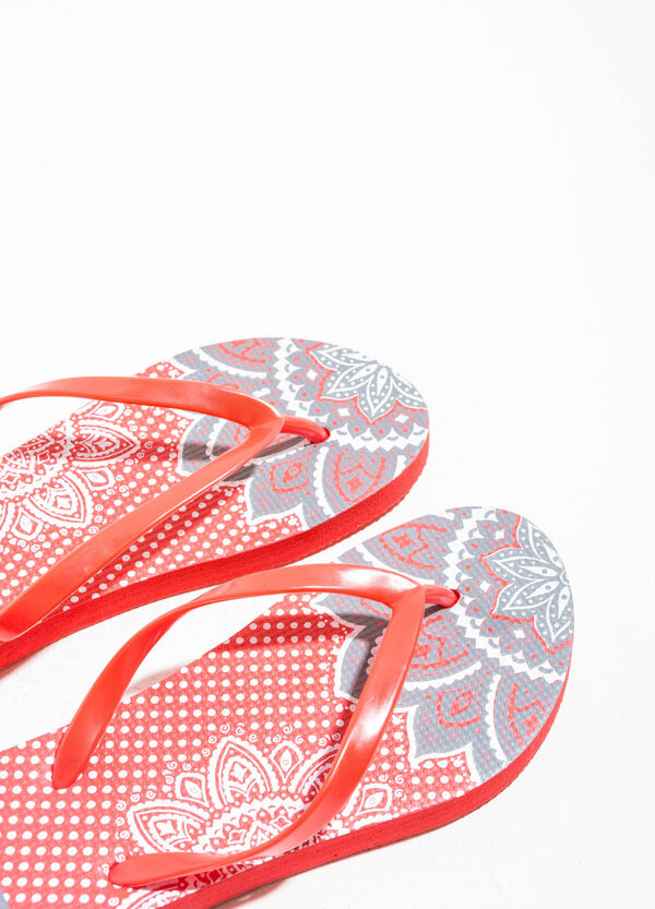 Rubber flip flops with pattern | OVS