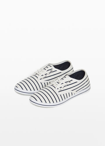 Striped patterned canvas sneakers