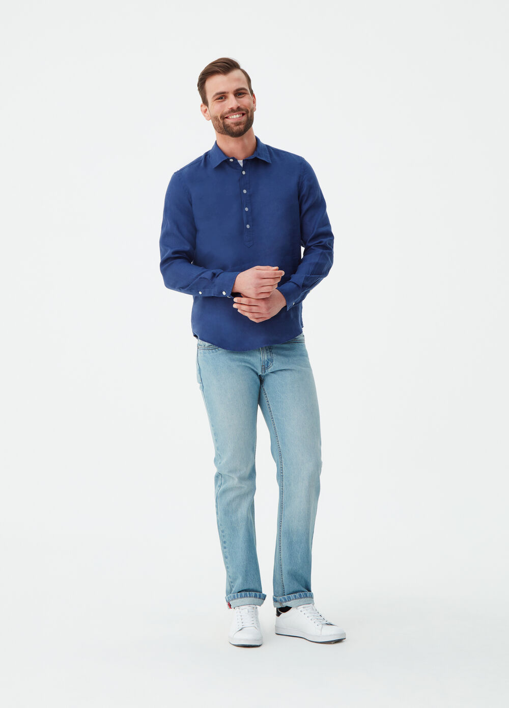 Regular-fit shirt in linen with polo shirt opening