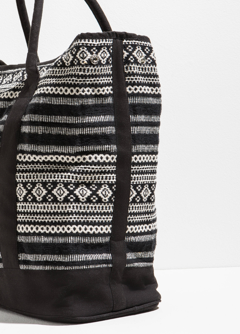 Ethnic pattern beach bag image number null