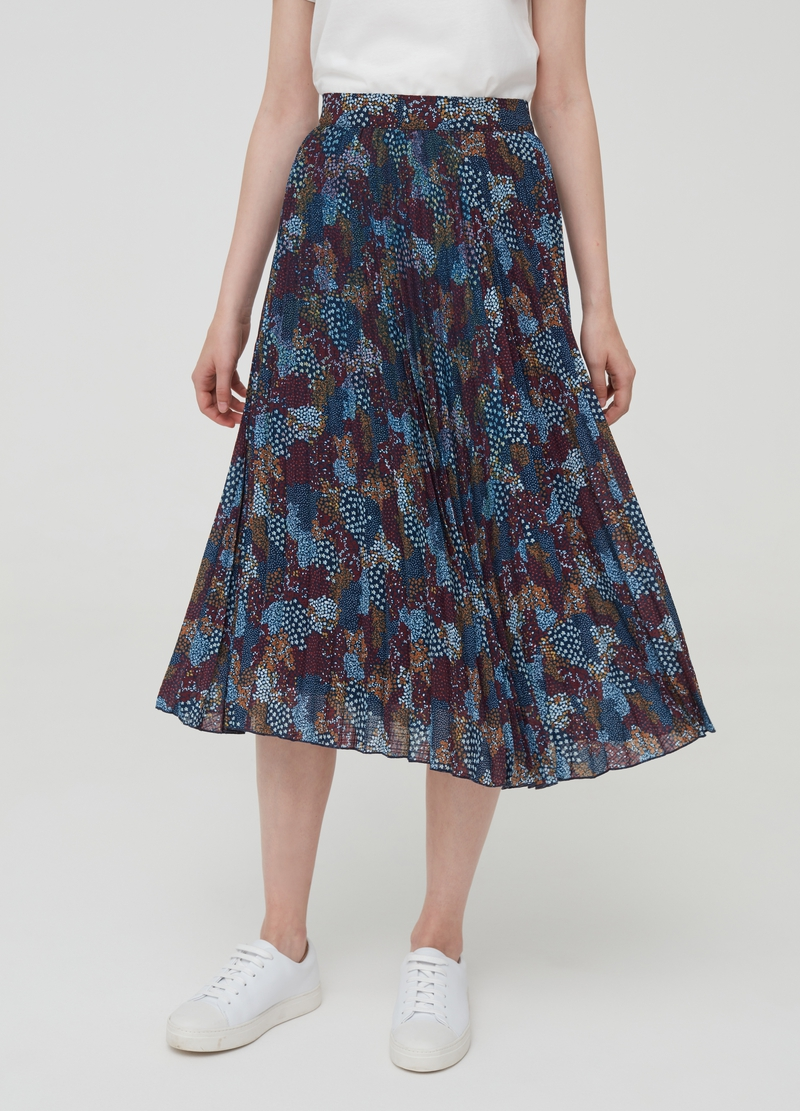 Pleated midi skirt with pattern image number null