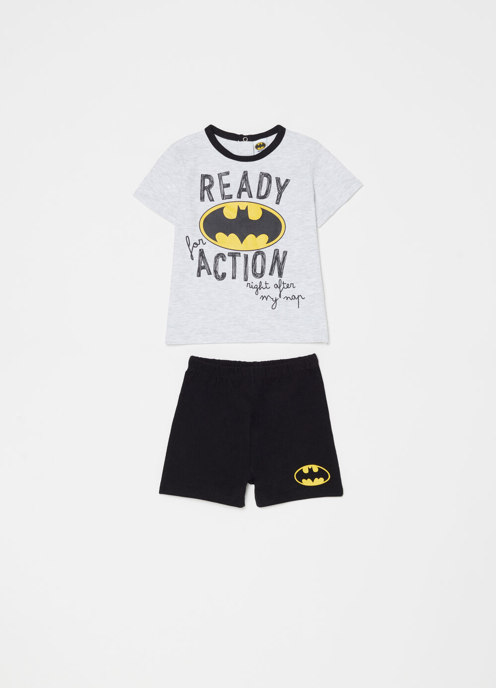 T-shirt and shorts pyjamas with Batman print