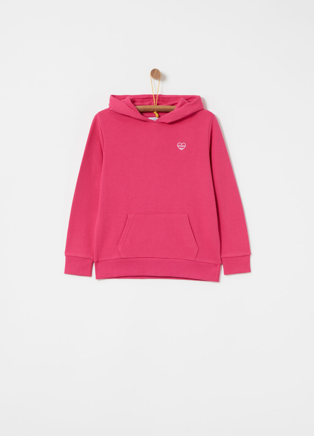 Sweatshirt with pouch pocket and hood