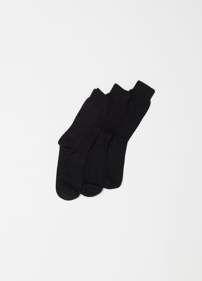 Three-pair pack short socks in 100% shaved cotton