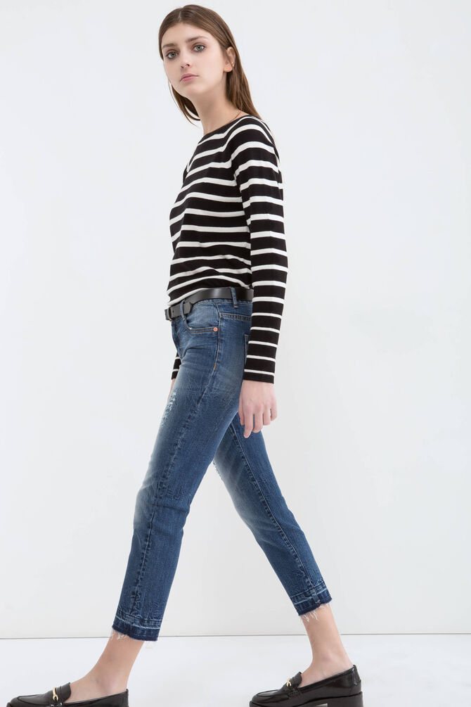 Stretch ripped jeans with skinny fit