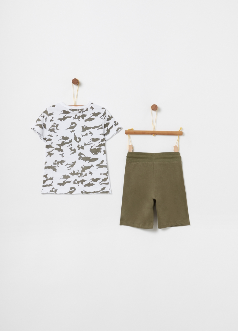 Camouflage T-shirt and shorts jogging set image number null