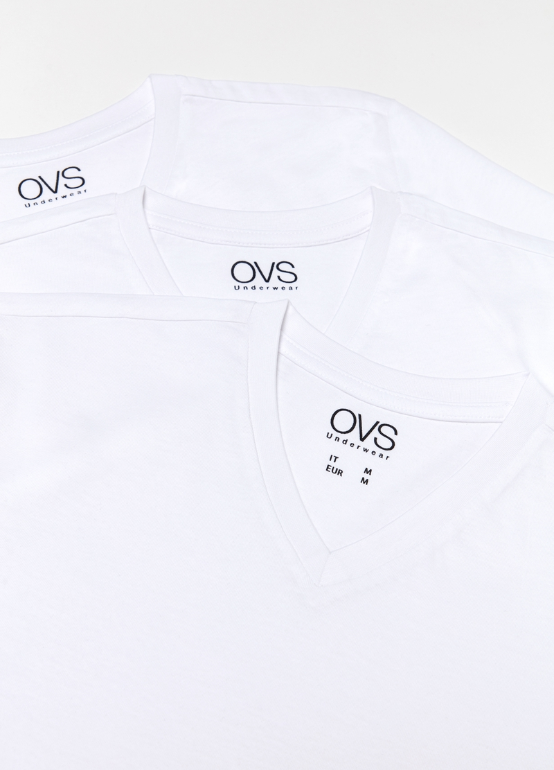 Three-pack T-shirts with V neck in 100% cotton image number null