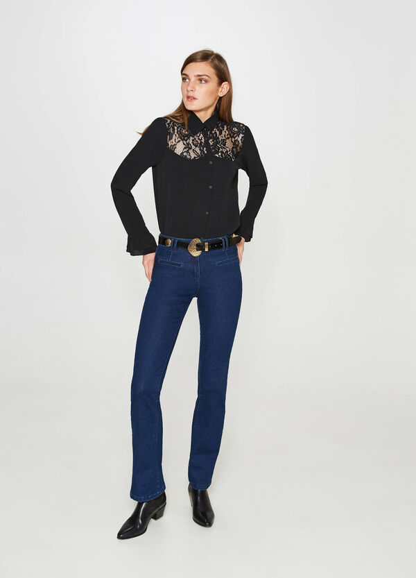 Stretch shirt with lace and flounce