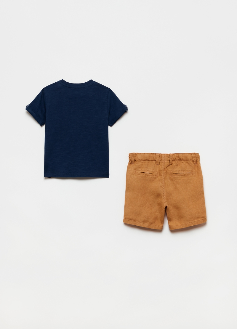T-shirt with lettering print and shorts set image number null