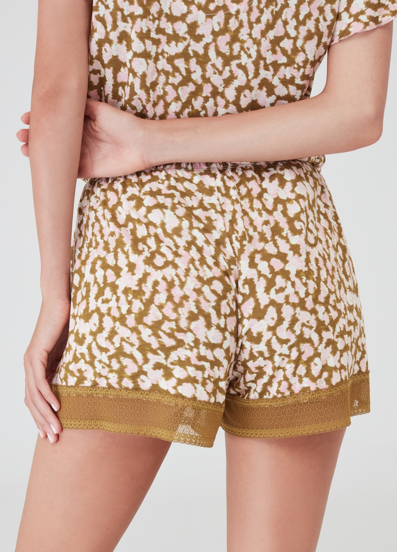 Short pyjamas in 100% viscose with animal print image number null