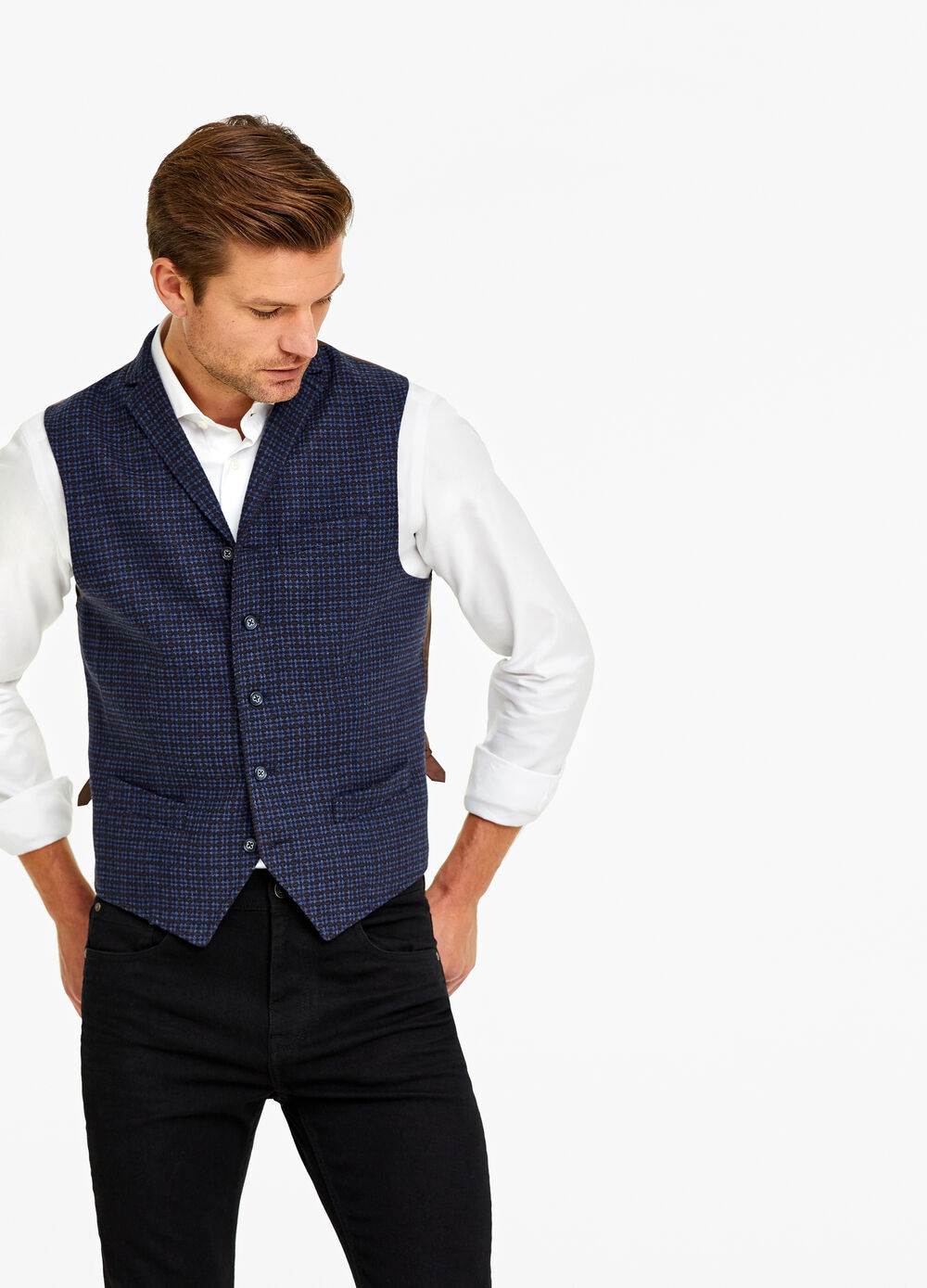 Five-button patterned gilet