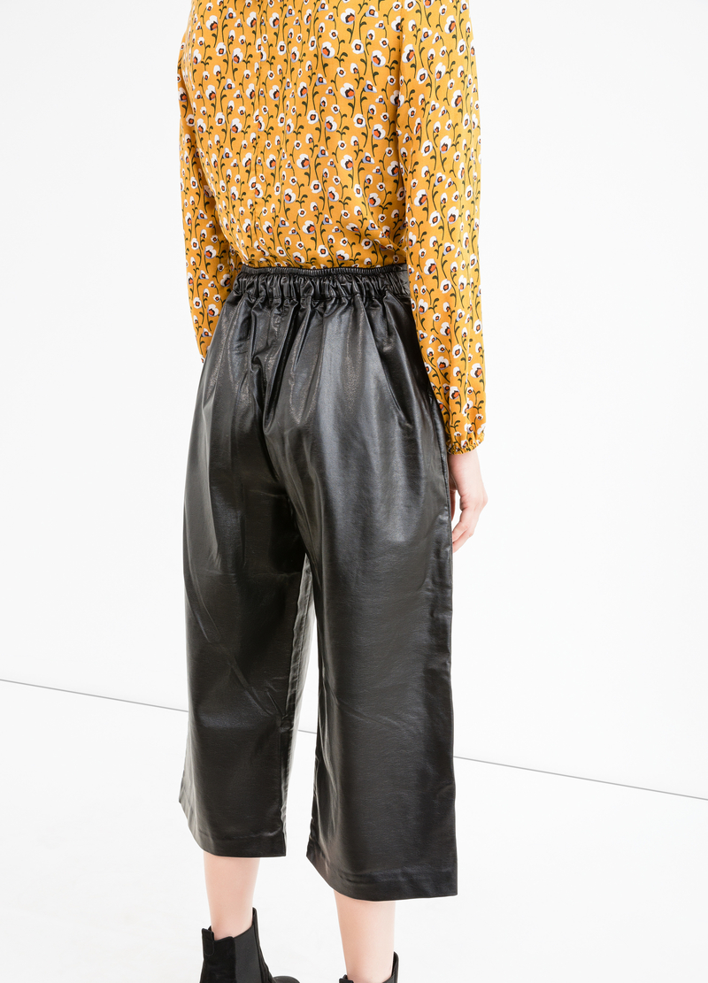 Eco-leather gaucho trousers image number null