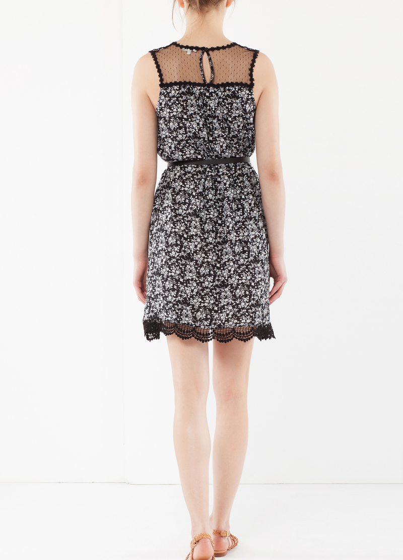 Dress with belt and lace image number null