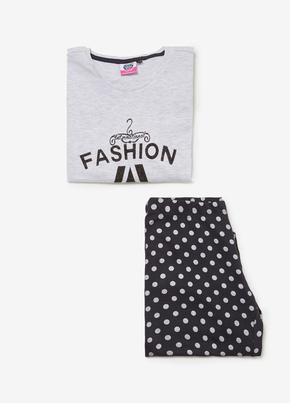 100% cotton pyjamas with lettering and polka dots