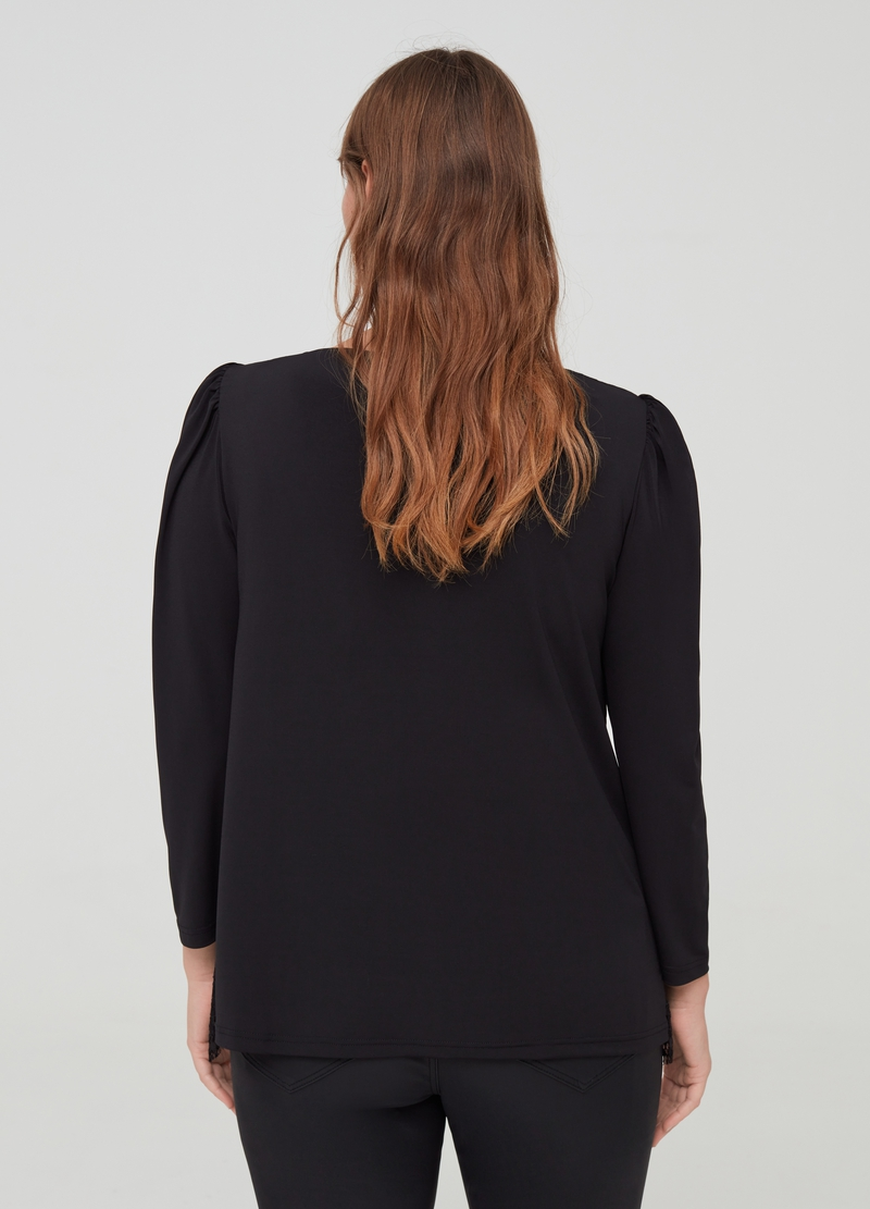 Curvy T-shirt with openwork design image number null
