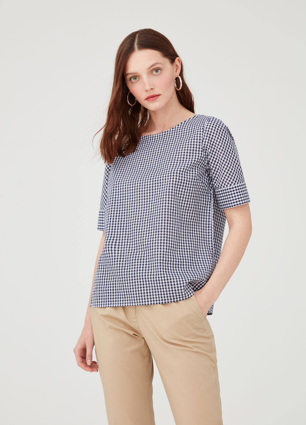 Micro check blouse with short sleeves