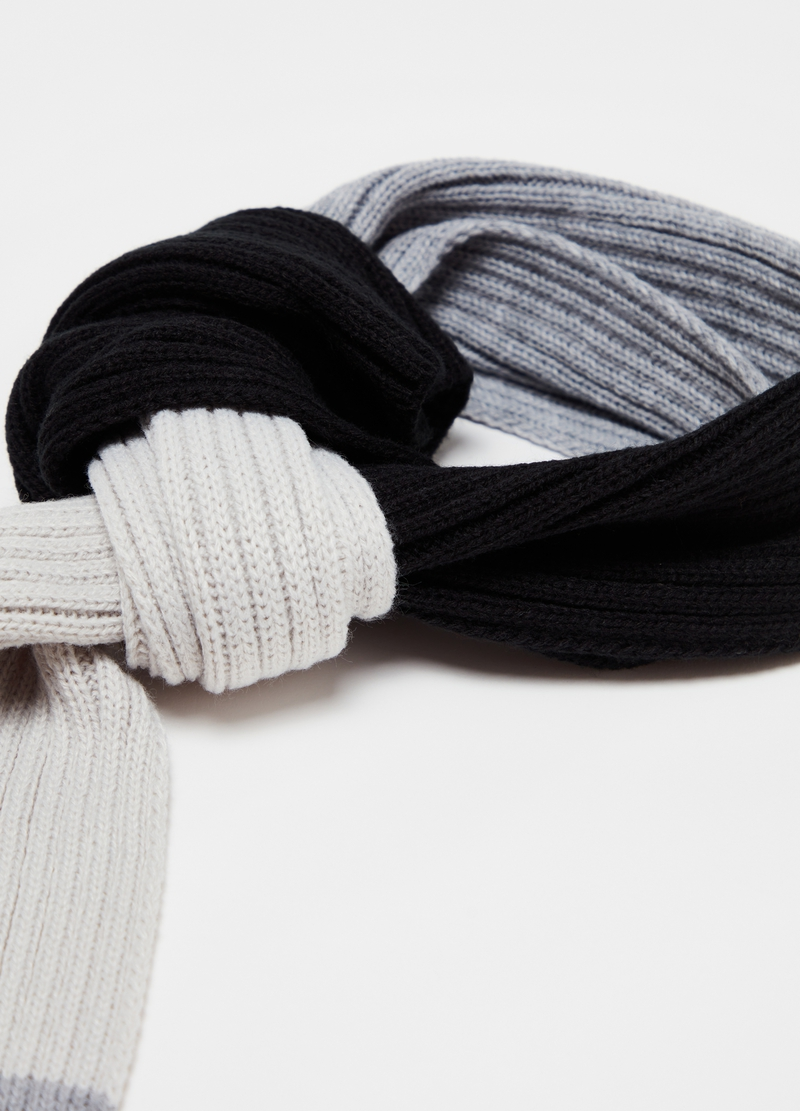 Colourblock striped scarf image number null