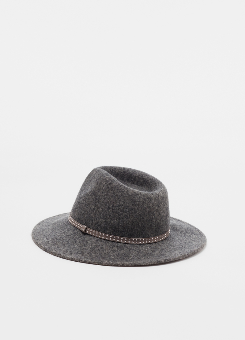 100% wool hat with small studs image number null