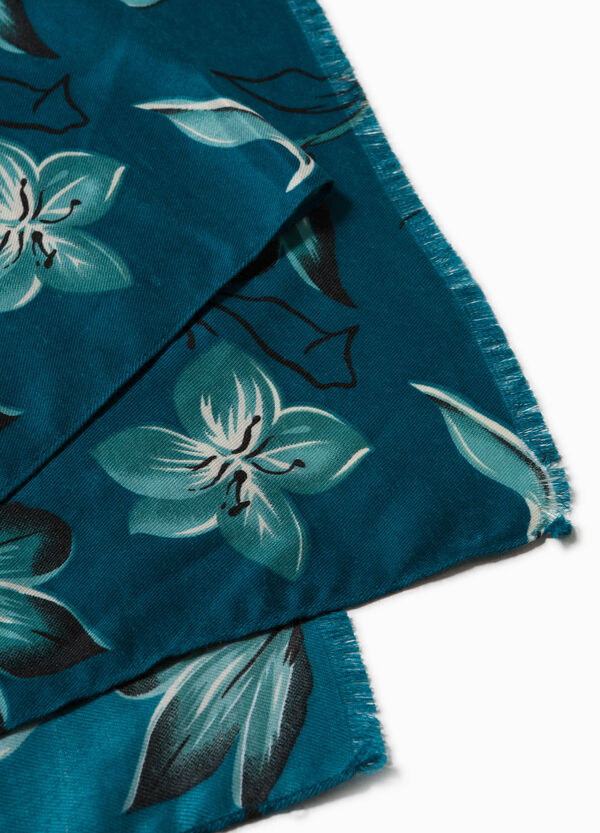 Floral pashmina with fringed edges