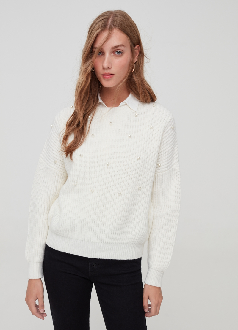 Pullover with drop shoulder and beads image number null