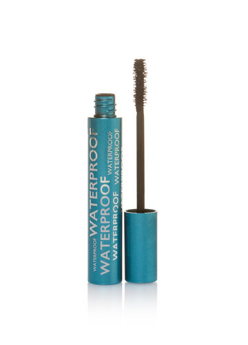Black eye mascara