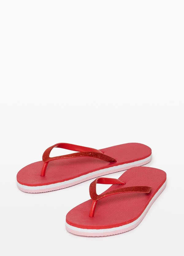 Rubber flip flops with glitter straps