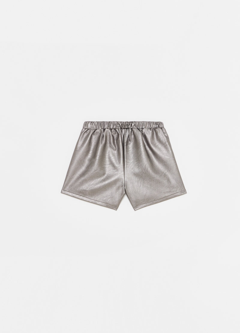 Leather-effect shorts with pockets image number null