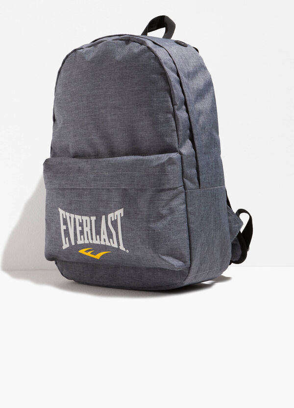 Solid colour backpack with lettering print