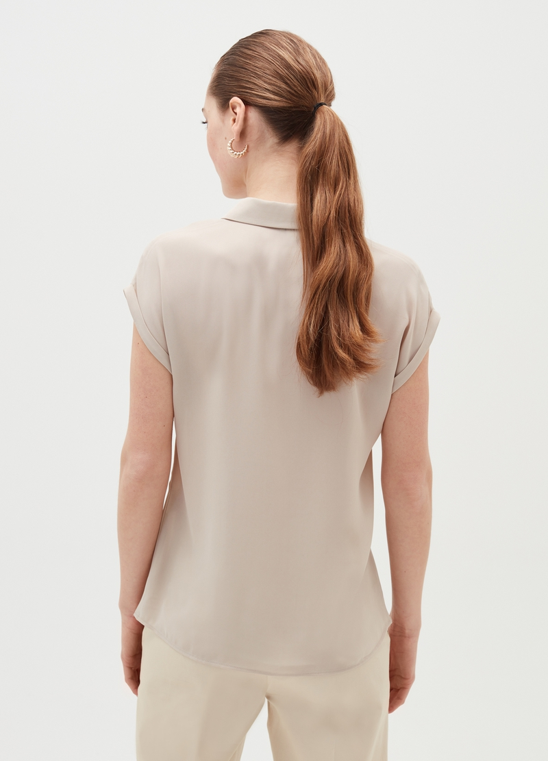 Cap-sleeved shirt image number null