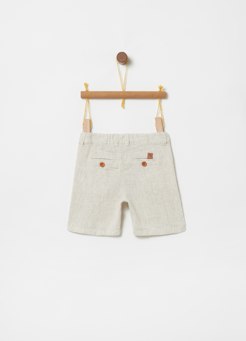 Bermuda shorts with button and pockets image number null