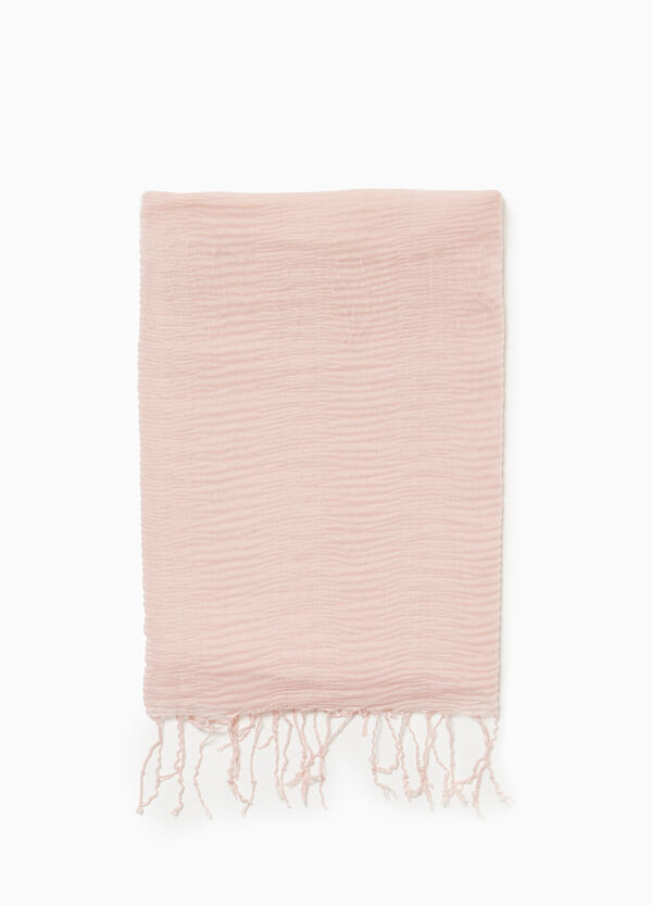 Pleated scarf with fringe