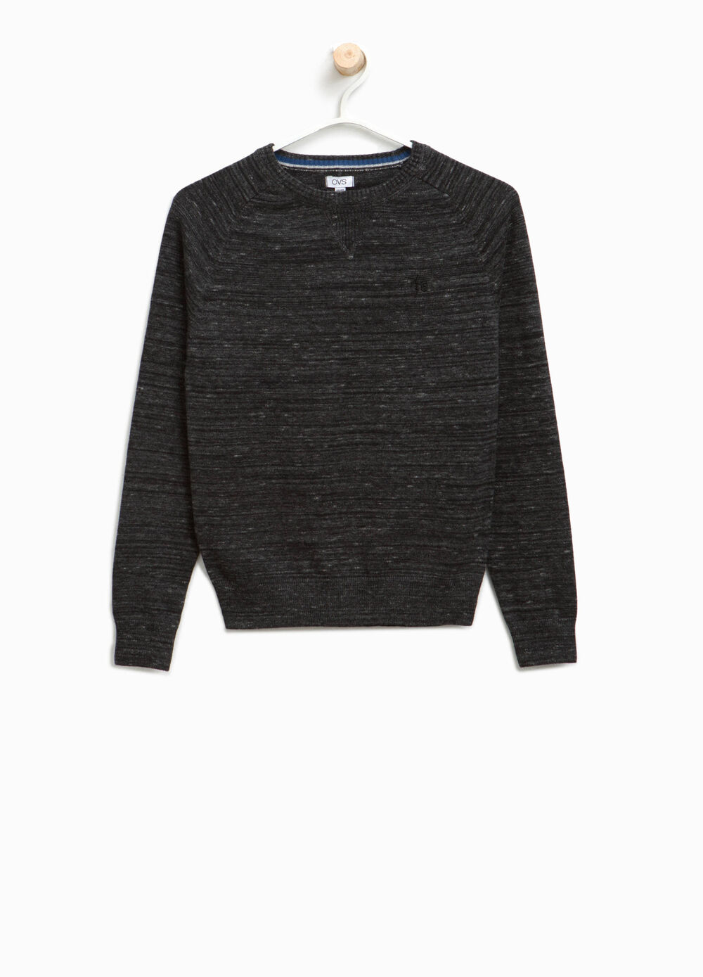 100% cotton pullover with embroidery