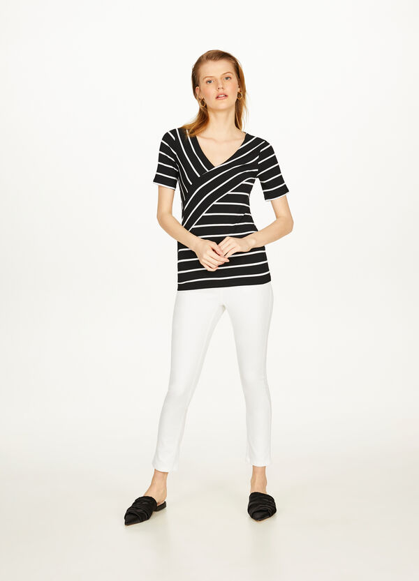 Stretch T-shirt with crossover stripes