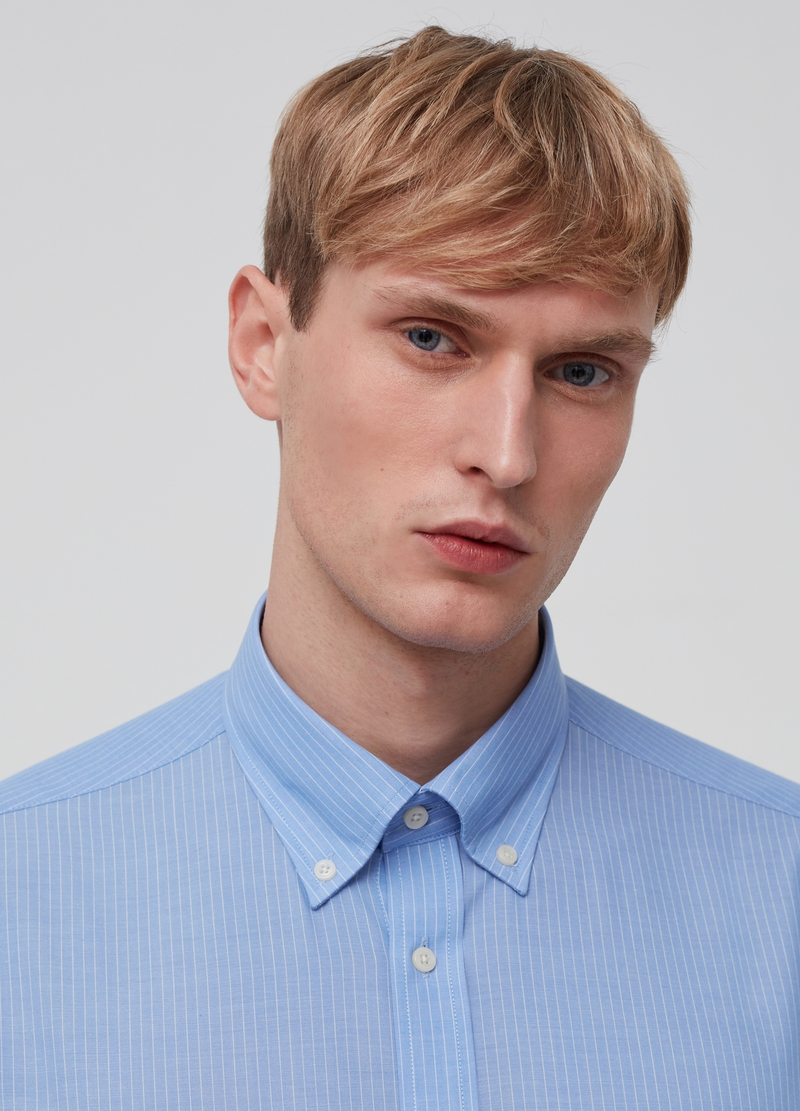 Button-down shirt with pocket image number null