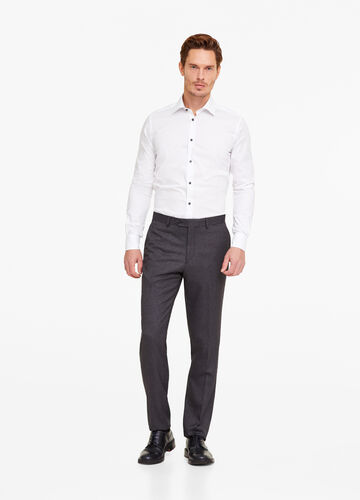 Pantaloni regular fit tinta unita