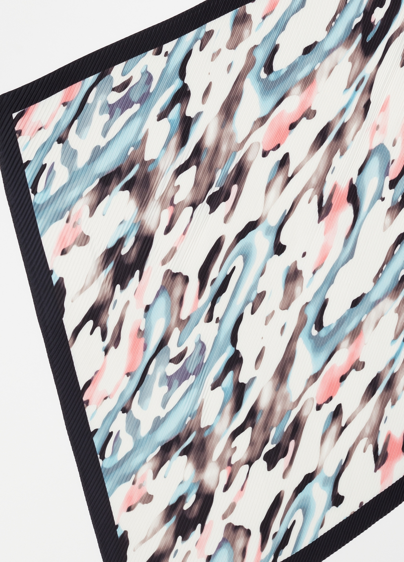 Pleated fabric foulard with print image number null