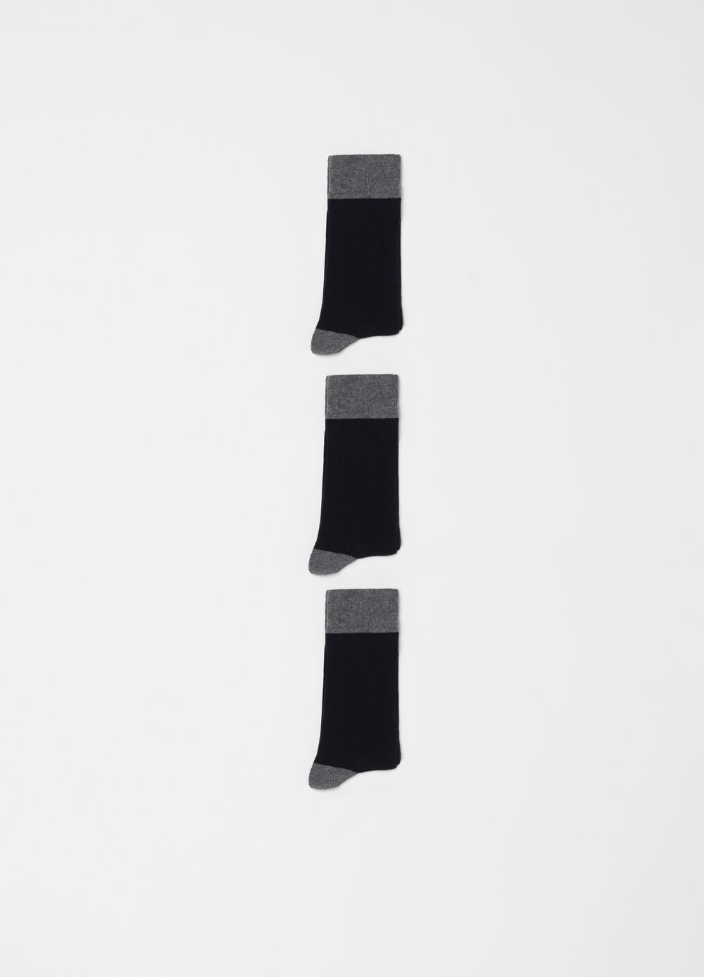 Three-pack solid colour stretch short socks