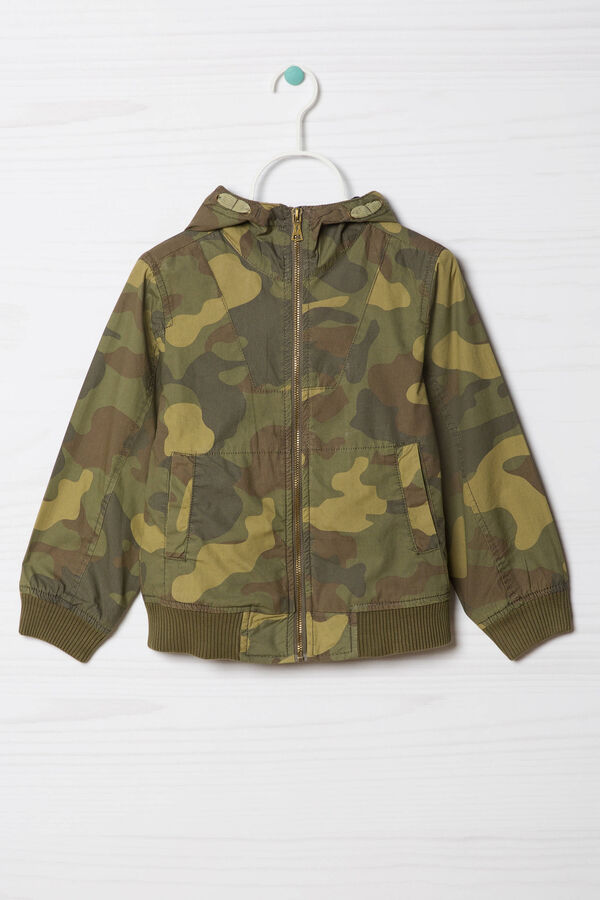 Jacket with camouflage pattern | OVS