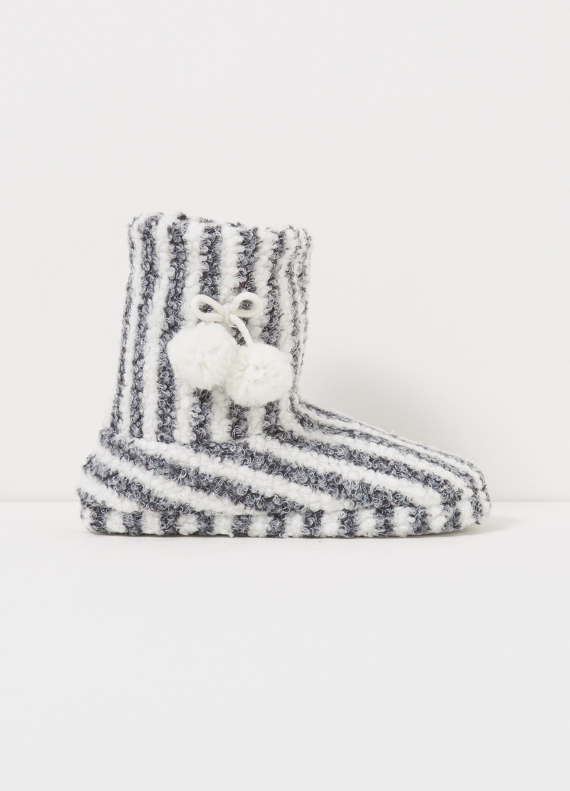 Striped slipper boots image number null