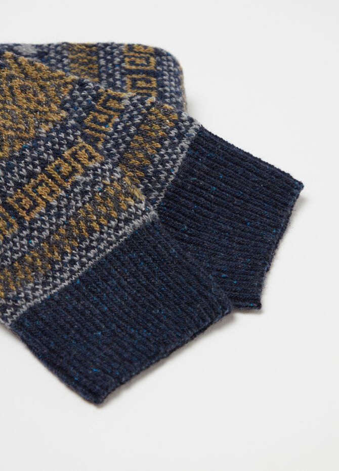 Long jacquard socks with pattern