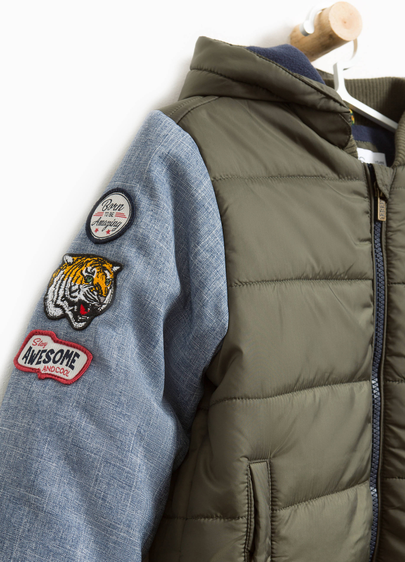 Bomber con patch e ricami image number null