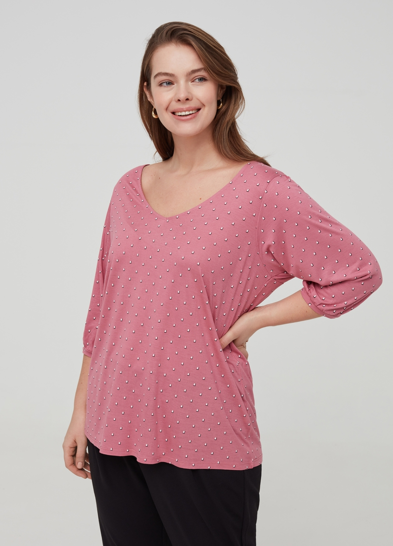 Curvy T-shirt with print in 100% viscose image number null