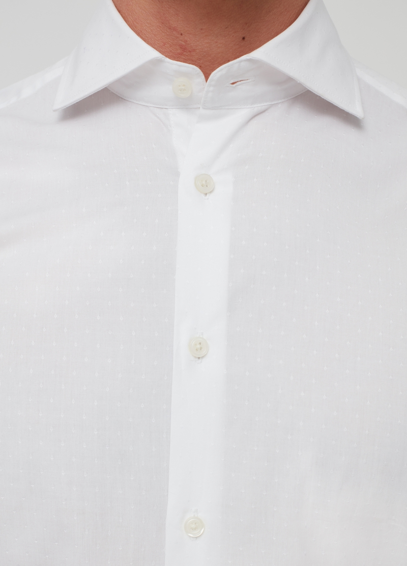 Slim-fit solid colour shirt in 100% cotton image number null